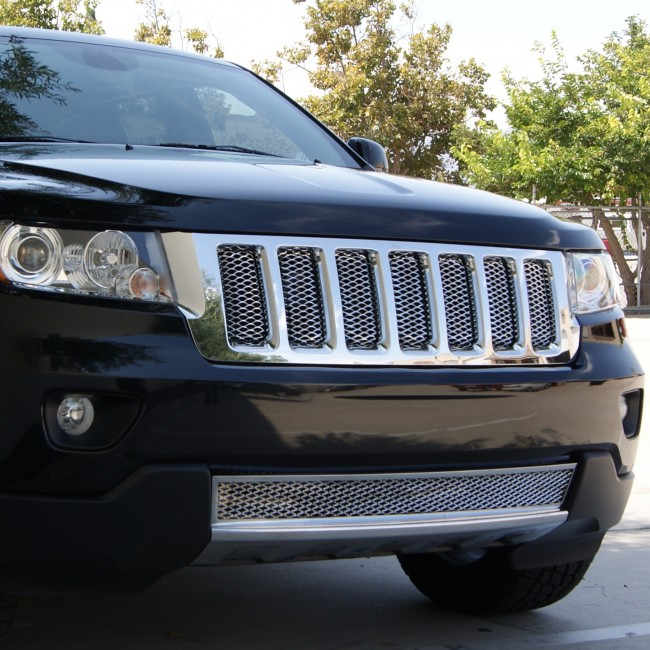 2011 13 jeep grand cherokee diamond cut mesh main grille insert chrome grilles done the right way. Black Bedroom Furniture Sets. Home Design Ideas